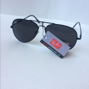 Ray bands all black
